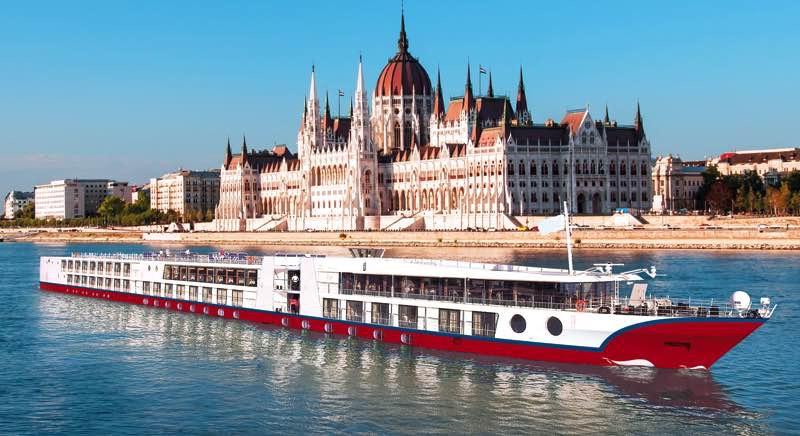 Budapest Boat Station Shuttle