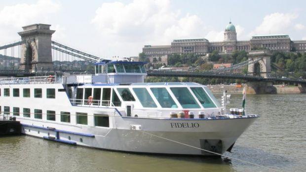 Budapest Viking River Cruise Port Shuttle