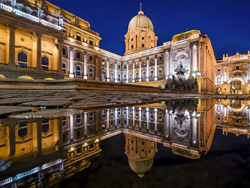 Budapest Castle District Shuttle