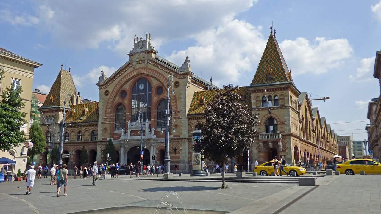 Budapest Market Central Hall Shuttle